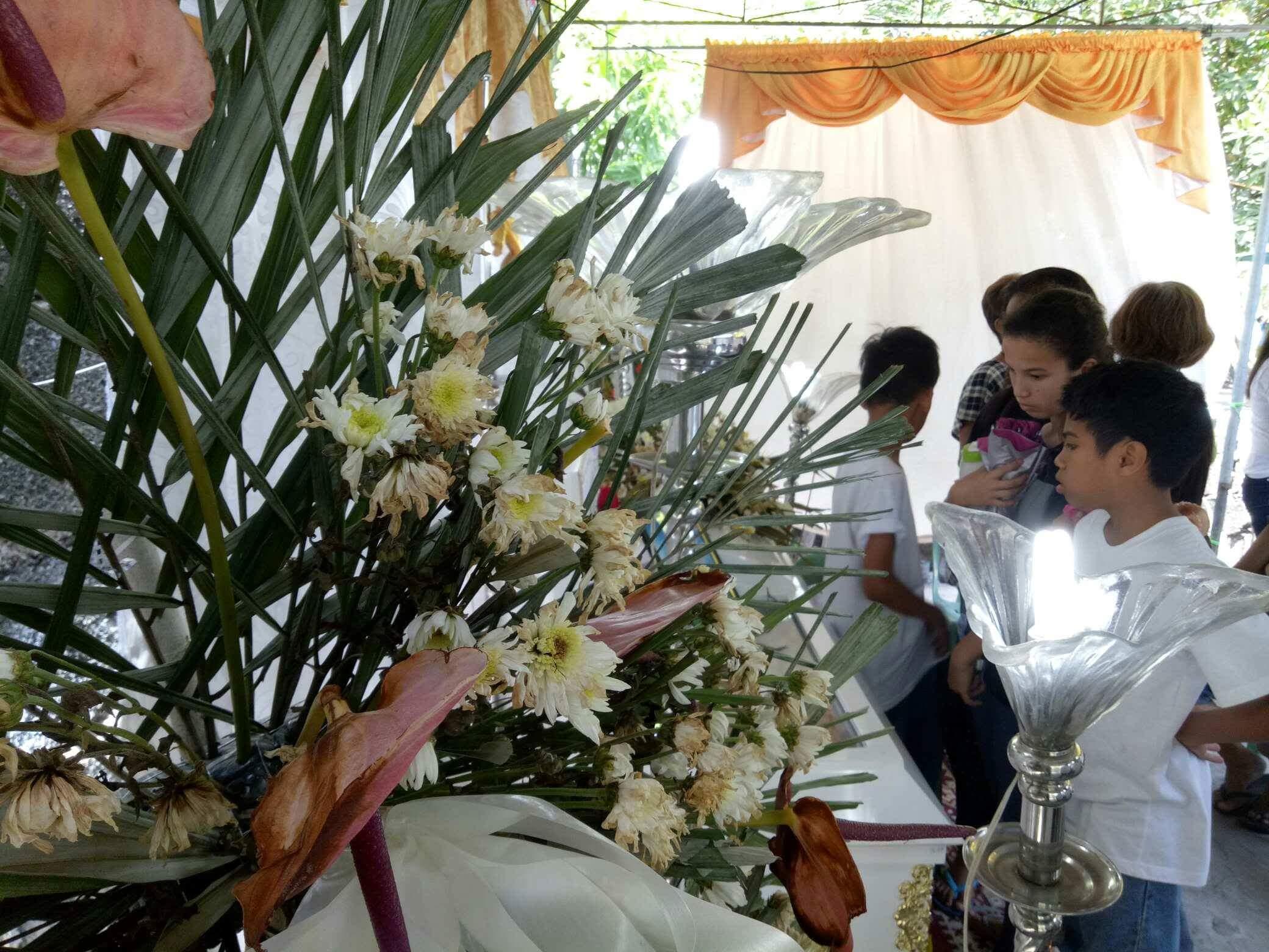 (Nederlands) Begrafenis JR (Anto)
